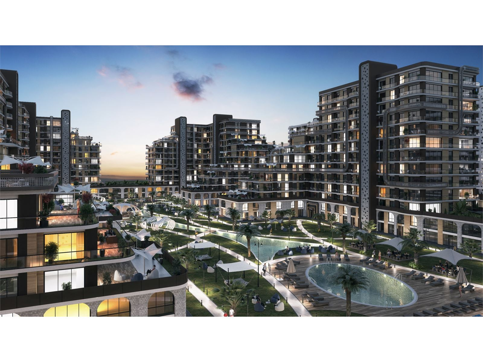 New-era apartments with outdoor shopping mall in Beylikdüzü